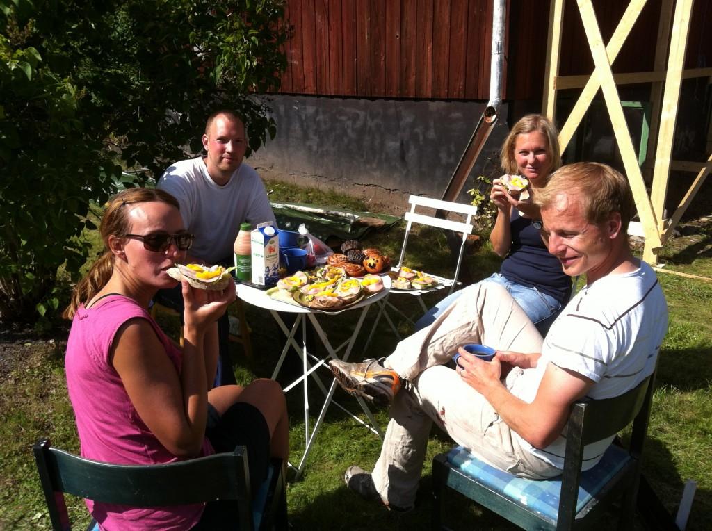 Lunch i solen på Gjutarstigen...